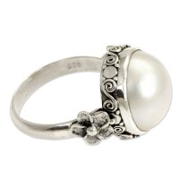 Bridal Moon Pearl and Sterling Silver Floral Ring ANDR-03