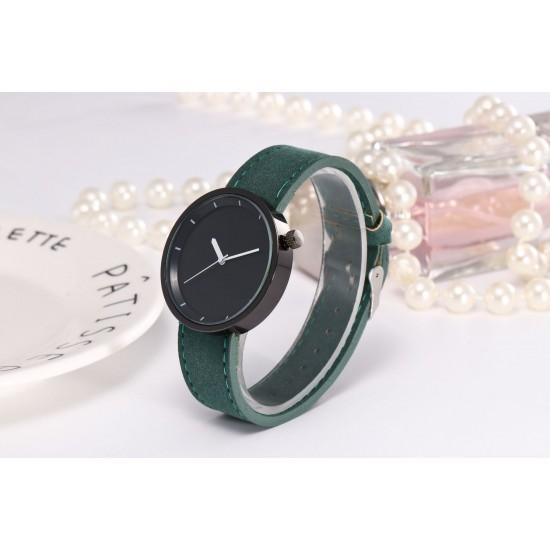 Green Leather Strap Unisex Quartz Wrist Watch W-34GN |image