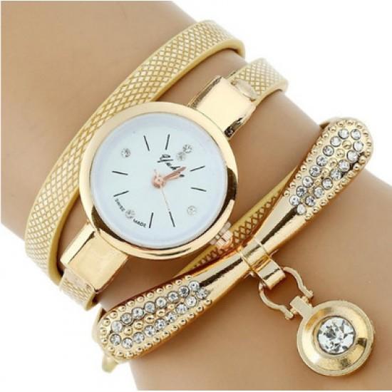 Gold Strap Three Layers Pendant Bracelet Watch W-72G |image