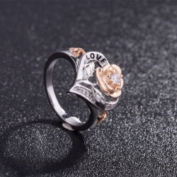 Flower Shaped Gold Plated Heart Love Rings R-51