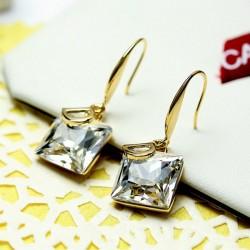 D Letter White Crystal Temperament Wild Decorative Earrings E-28W