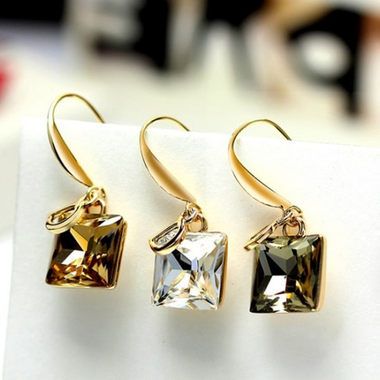D Letter Orange Crystal Temperament Wild Decorative Earrings E-28OR |image