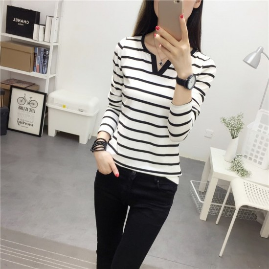 Slim Stripe V-neck Long Sleeve White T-Shirts WC-239W |image