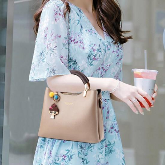Women Solid Color With Lovely Doll Shoulder Bag - Brown |image