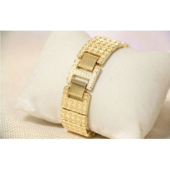 B.S Round Gold Plated Full Case With Diamond Ladies Watch CBS-65G image