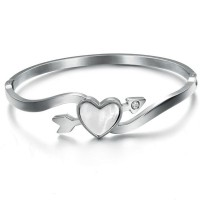 Heart Arrow Of Love Titanium Silver Bracelet For Women CHBD-76S