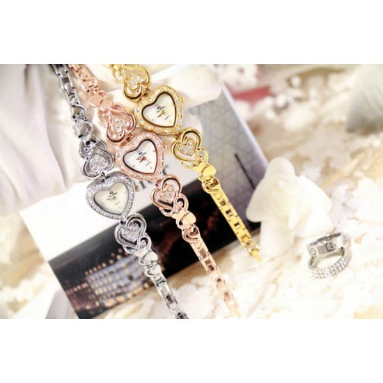 Heart Designed Ladies Silver Diamond Bracelet Watch W102S image
