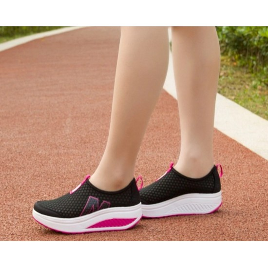 Women Black High Bottom Breathable Mesh Sports Joggers Shoes S-19BK image