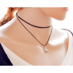 Woman Simple Snowflake Pendant Retro Necklace N-15 (Black)