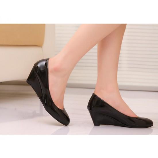 Women Black Slope Flat Bottom Shoes S-64 image
