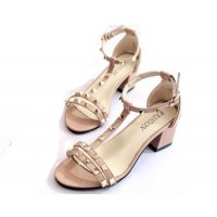 Cream Color Shallow Mouth Rough Toe Rivet Women Sandals S-63