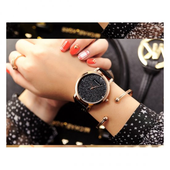 Korean Fashion Black Color Ultra Thin Leather Ladies Watch W-02 image